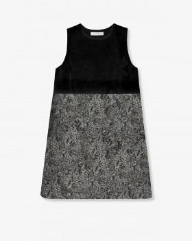 Платье А-силуэта из бархата
